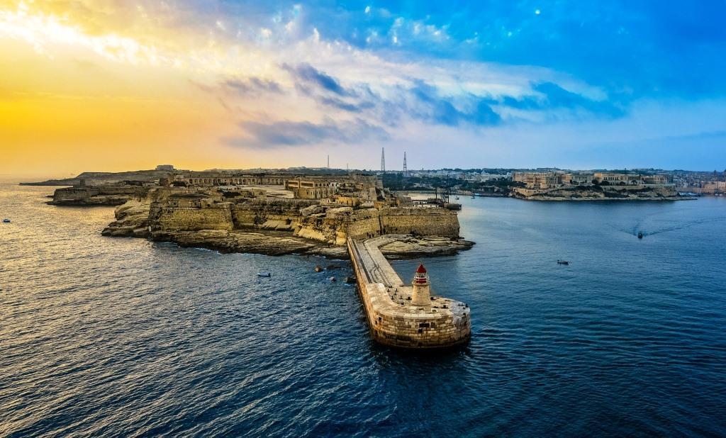 die Hafeneinfahrt von Valletta