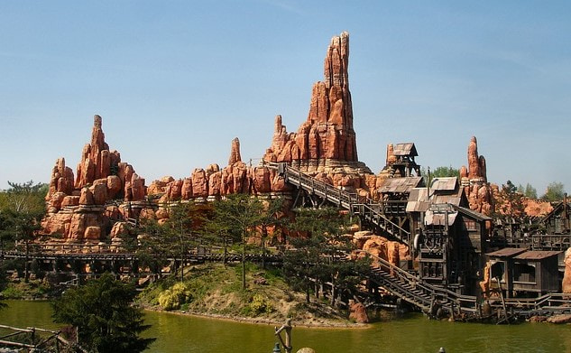 Big Thunder Mountain Achterbahn Disneyland Paris
